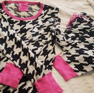 VS hounds tooth thermal jammies